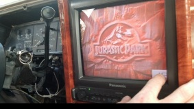 Jurassic-park-transformacao-carro-interior2