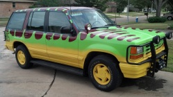 Jurassic-park-transformacao-carro6